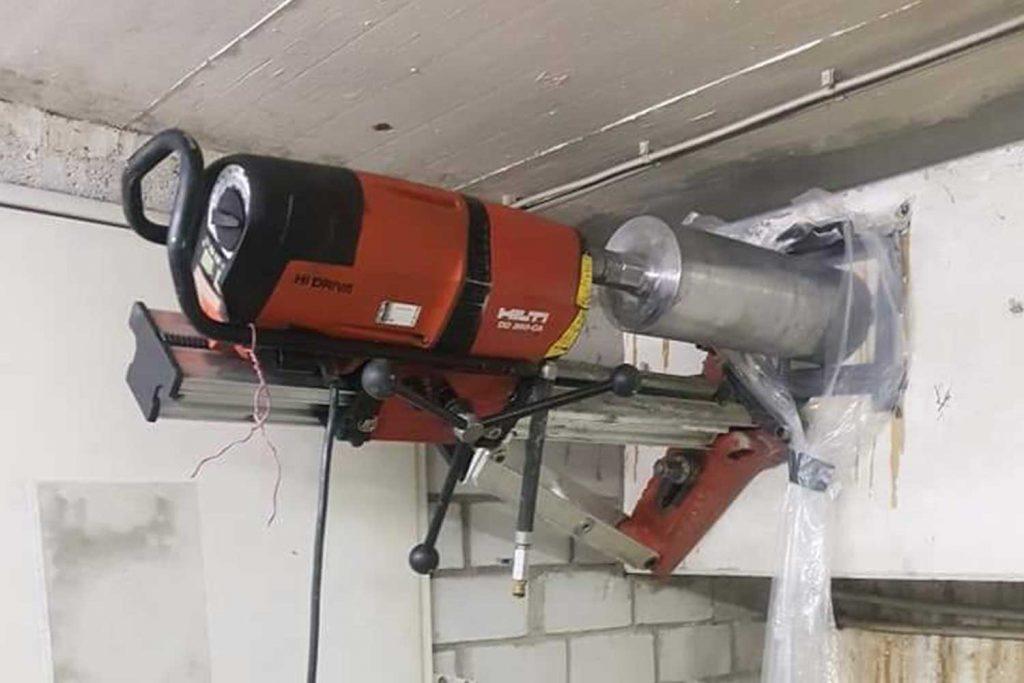 Kernbohrung-bruchsal-raum-karlsruhe-betonbohrunternehmen-constantin-beton-bohren-sägen