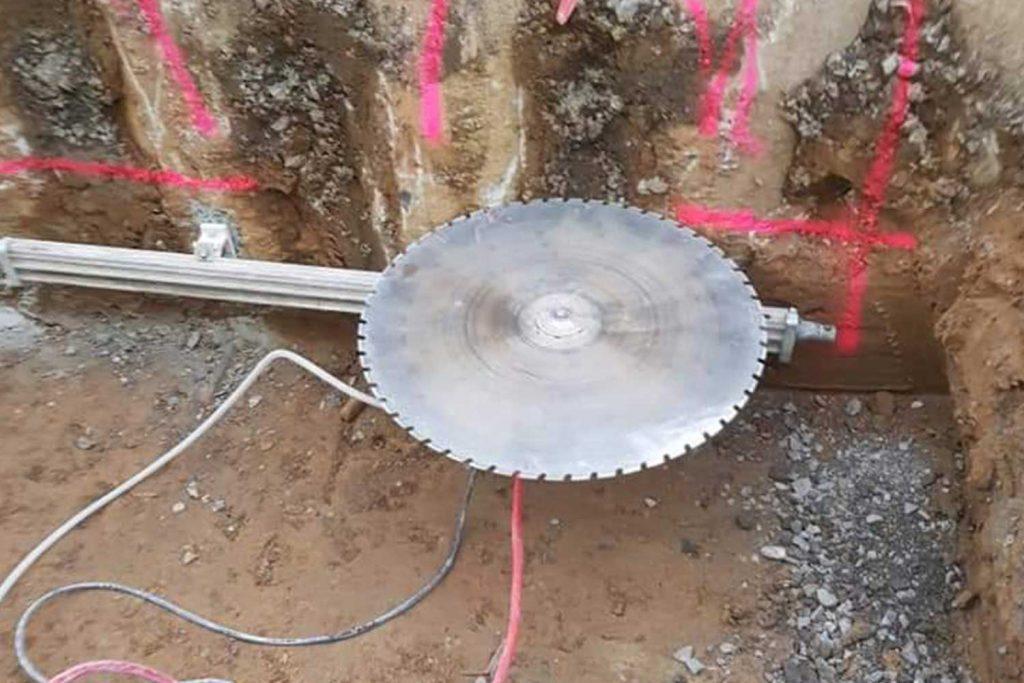 beton-sägen-bruchsal-raum-karlsruhe-betonbohrunternehmen-constantin